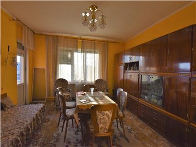 Apartament 3 camere foarte spatios
