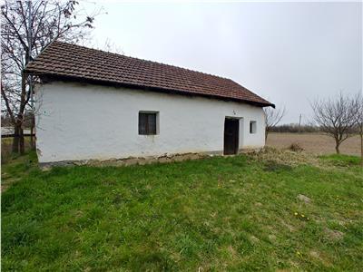 Casa cu 1105 mp teren