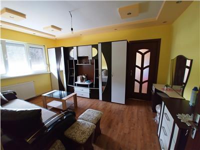 Apartament cu 2 camere situat in zona linistita