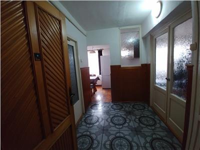 De inchiriat apartament cu o camera