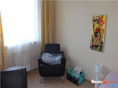 Apartament cu 4 camere si sufragerie