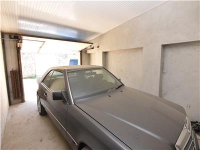 Garaj 24 mp, langa Politie, de vanzare
